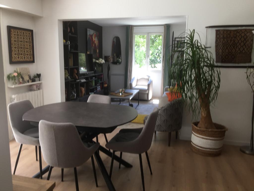 À vendre bel appartement LA BAULE LES PINS proche de Lajarrige.