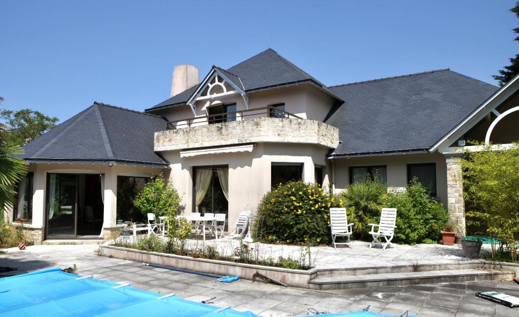 A vendre  villa, située sur le Golf  à 5 kms du bourg d'Escoublac, Calme & résidentiel
