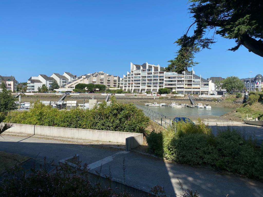 À vendre, 3 pièces, sur le port de La Baule, à côté du centre ville du Pouliguen, proche plage Benoit, résidentiel