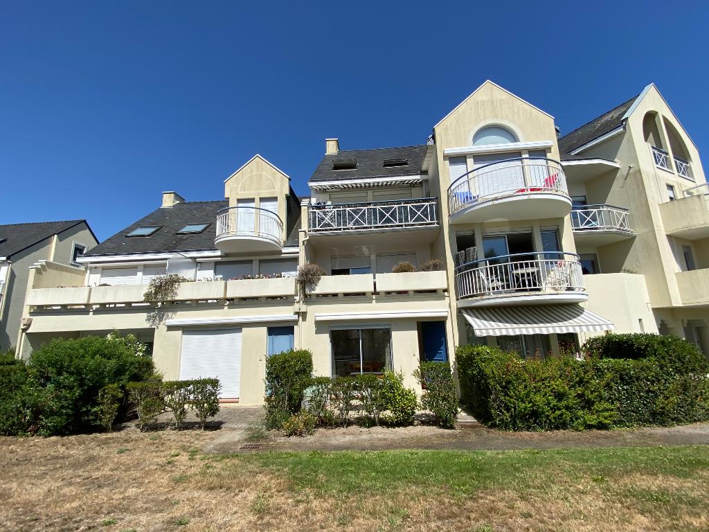 à vendre, 2 pièces cabine, à 700m derrière l'Hôtel Royal, secteur de la Ferme du Casino, calme & résidentiel, proche plage & Centre équestre