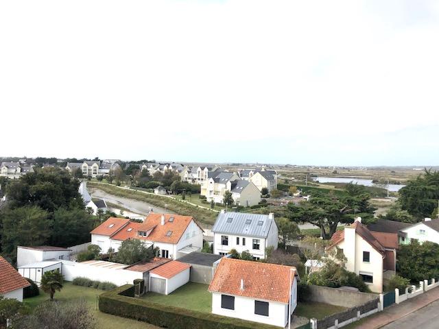 À vendre appartement de Type 3 proche de l'Hôtel Royal et de la plage, calme et résidentiel