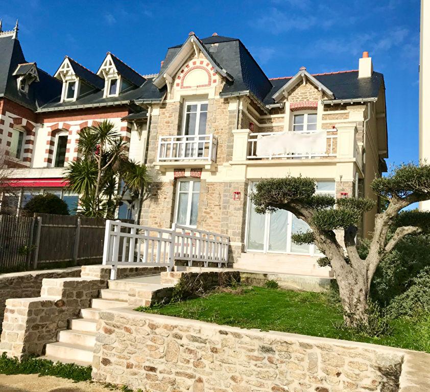 A vendre villa d'exception fin XIXème face mer Pornichet