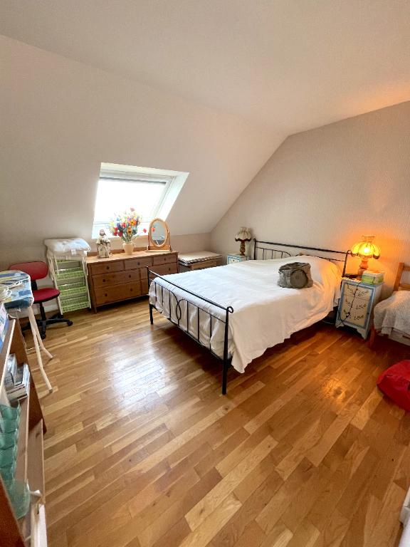 À vendre appartement au dernier étage de 98m2 à 800m de la plage Benoit et des Grand Hotels