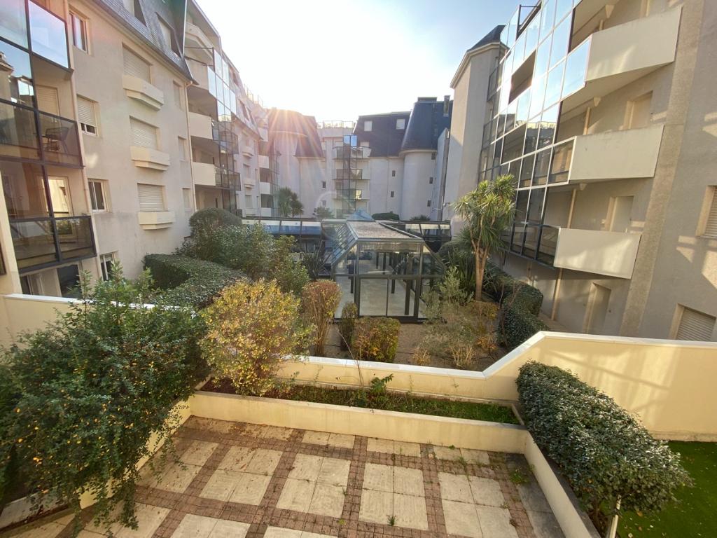 À vendre 4 pièces, accès direct plage Benoit, vue mer latérale, proche port et centre ville du Pouliguen, calme et résidentiel
