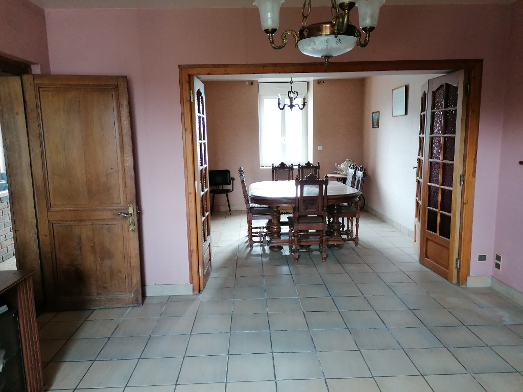 Maison Saint Cyr Le Gravelais 7 pièce(s) 125.40 m2