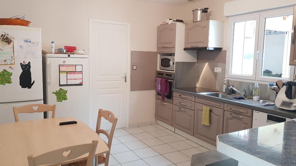 Maison Saint Berthevin 6 pièce(s) 129 m2