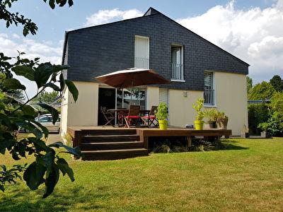 Maison Laval 6 pièce(s) 174.12 m2