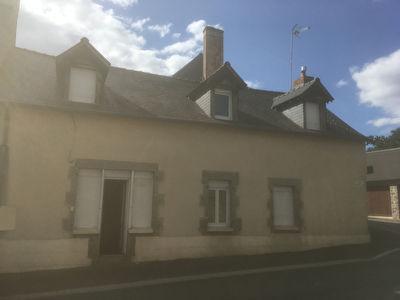 Maison de bourg Montourtier 7 pièce(s) 117 m2