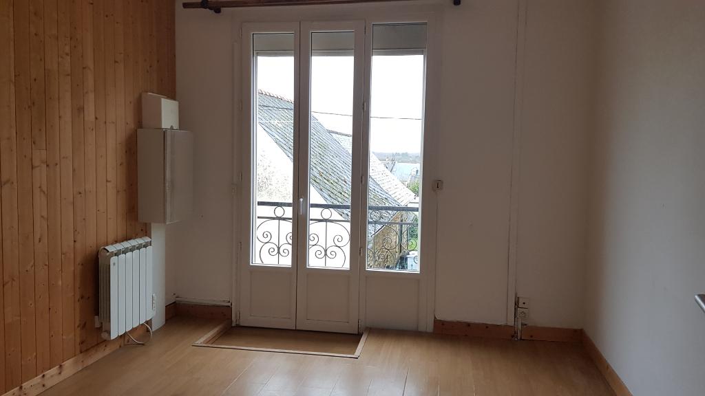 Maison Port Brillet 5 pièce(s)