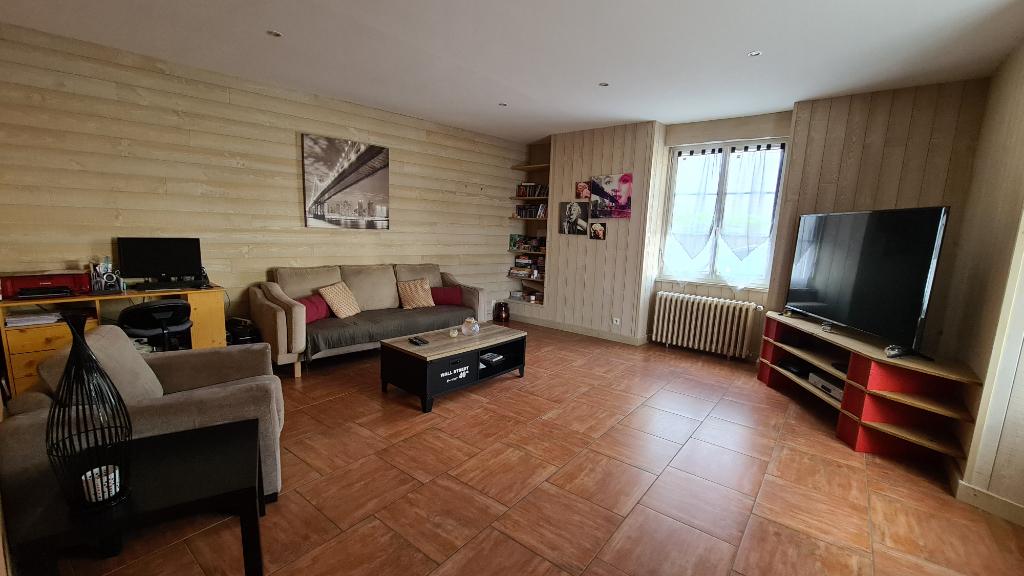 Maison Quelaines Saint Gault 7 pièce(s) 240 m2