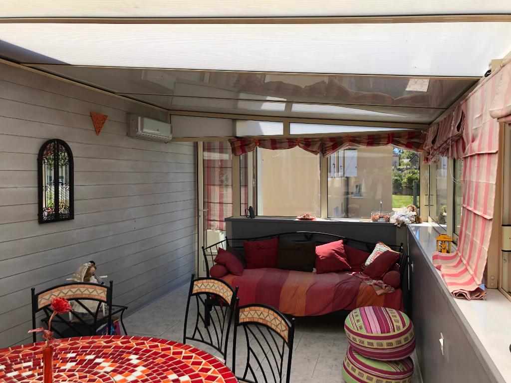 Maison à Saint-cyr-le-gravelais 6 pièce(s)