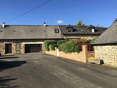 Le charme de la pierre à Parigne Sur Braye - corps de ferme  135 m²