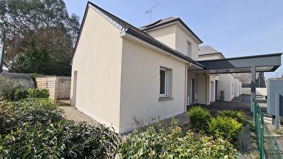 Maison Laval 5 pièce(s) 92.84 m2