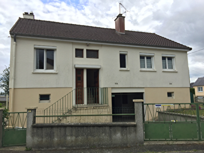 Maison Villaine La Juhel 4 pièce(s) 80 m2