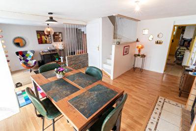 Maison Elven 6 pièce(s) 125.57 m2