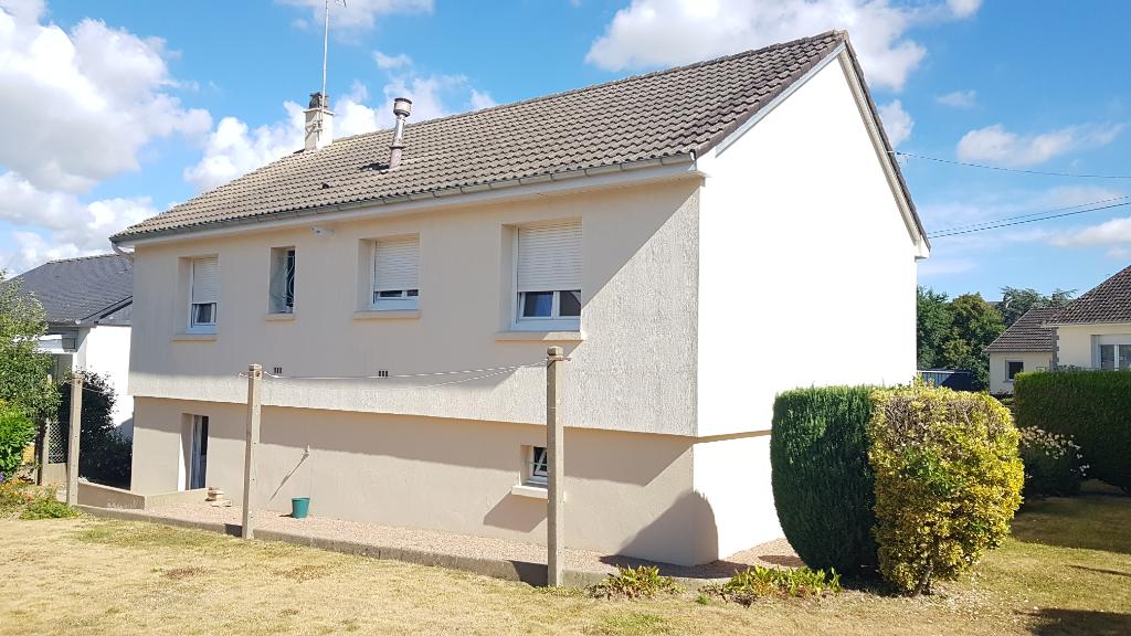 Maison Mayenne  4 pièce(s)