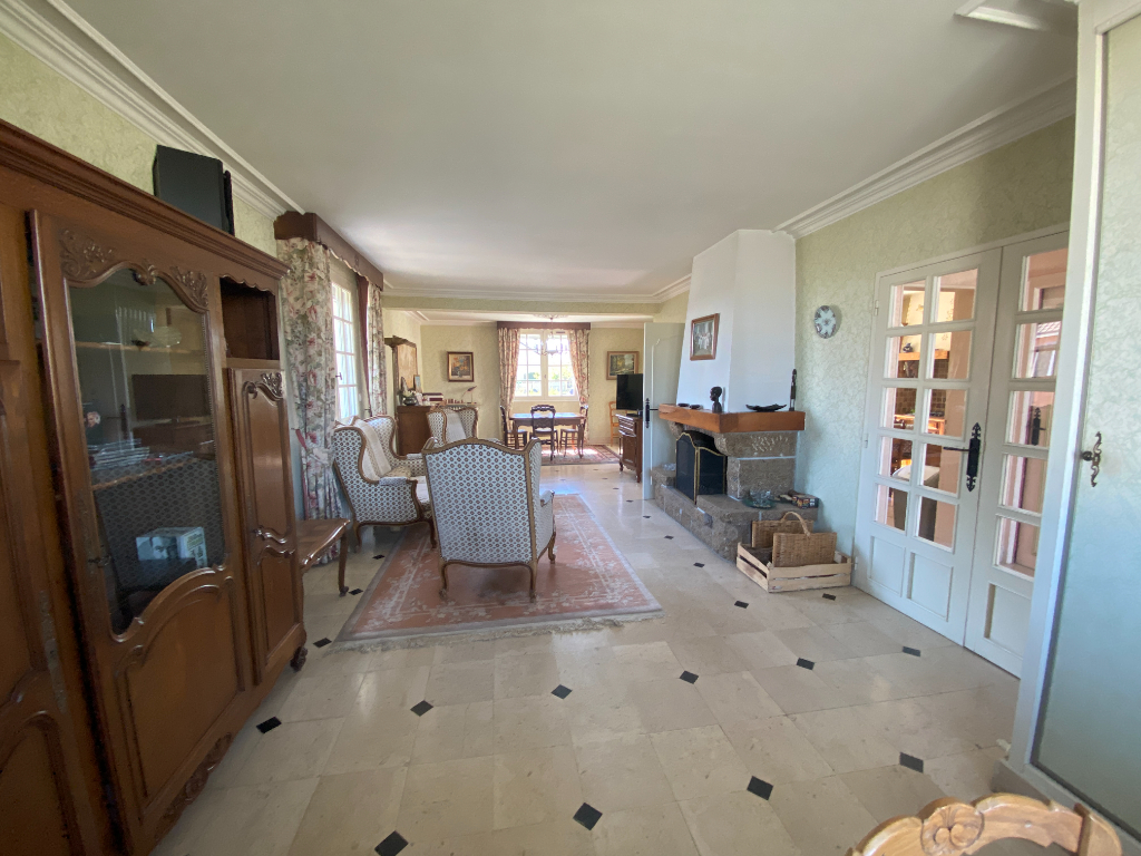 Maison familiale et chaleureuse de 120 M2 - 5 chambres - Villaines-la-Juhel