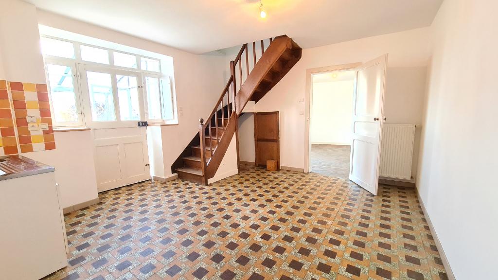 Maison  4 pièce(s) 104.69 m2