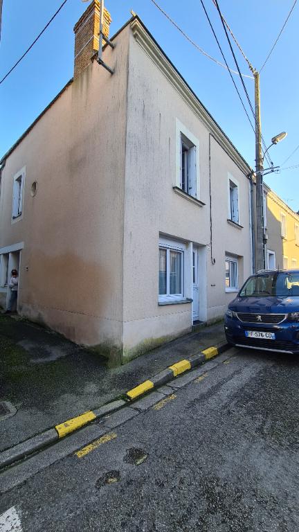 Maison Quelaines St Gault 6 pièce(s)