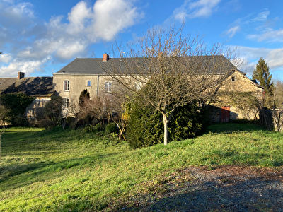 Maison Blandouet Saint Jean (St Jean sur Erve) 7 pièces 4 chambres charme et tranquillité