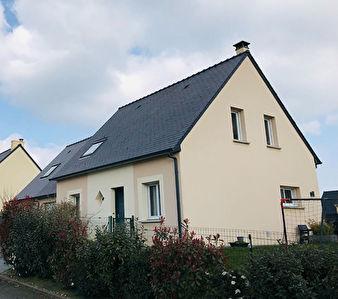 Maison avec double garage Saint Jean Sur Mayenne 6 pièce(s) 115 m2