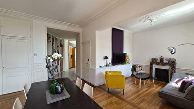 Maison de ville Laval Centre quartier recherché 6 pièce(s) 150 m2