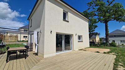 Maison Louverné  5 pièce(s) - 507 m² de Terrain