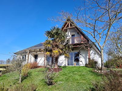Maison Argentre Du Plessis 7 pièce(s) 130 m2
