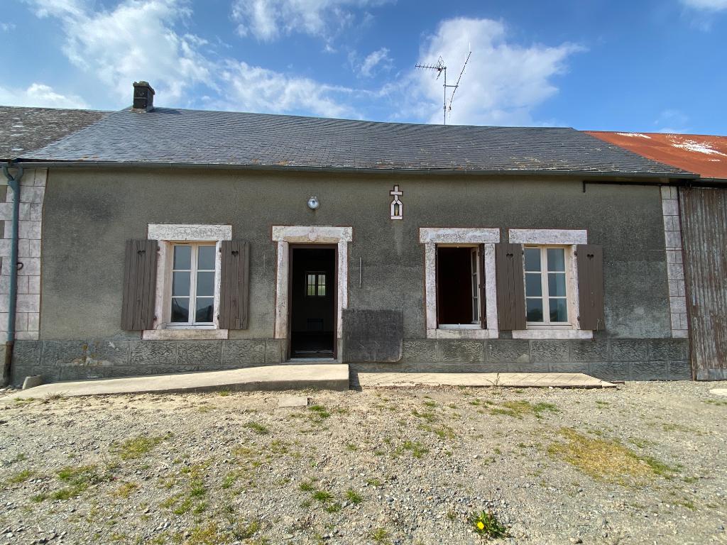 Maison type Longère Alpes Mancelles à rénover et vue imprenable.
