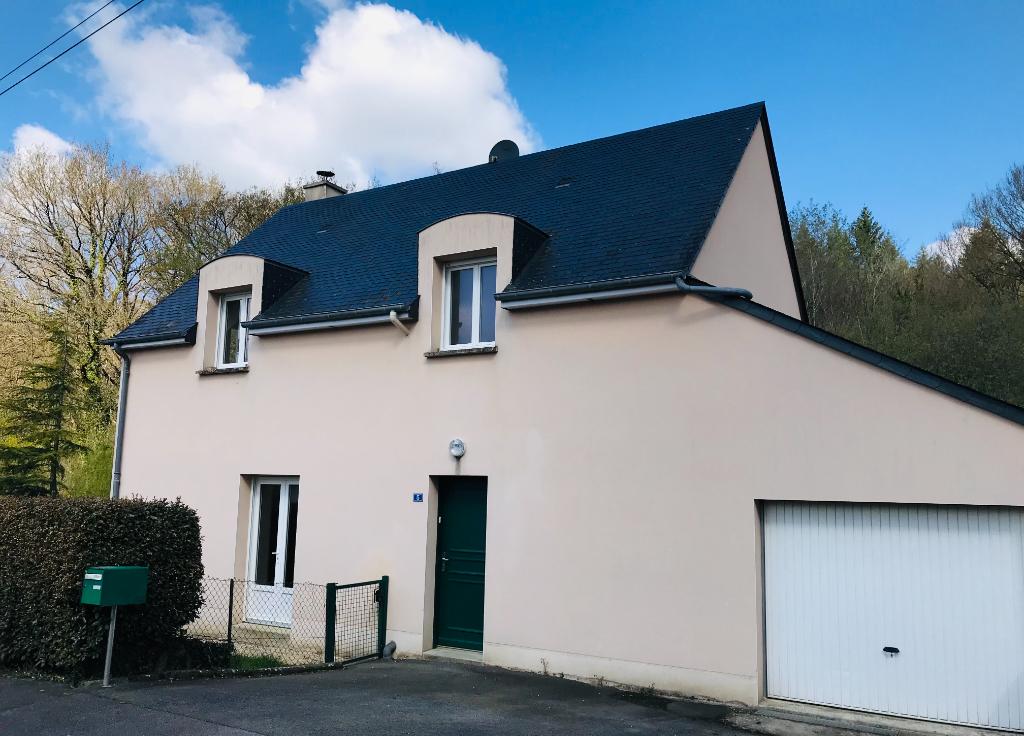 Maison 5 pièce(s)  130 m² 3 chambres axe Laval, Rennes.