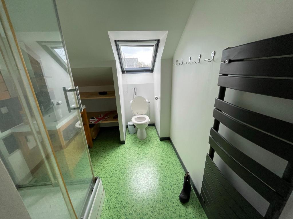 Maison Gennes Sur Glaize 5 pièce(s) 100 m2