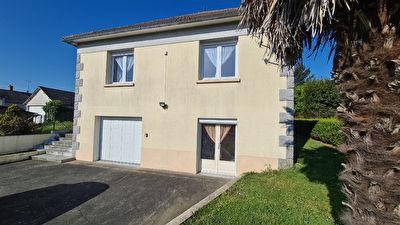 Maison Meral  6 pièce(s) 117 m2 - 4 chambres