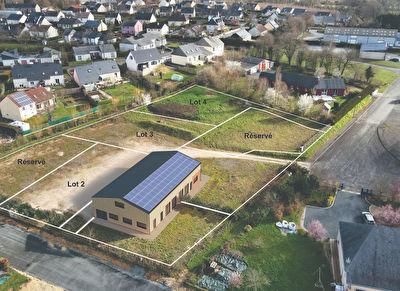 Terrain constructible avec bâtiment aménageable