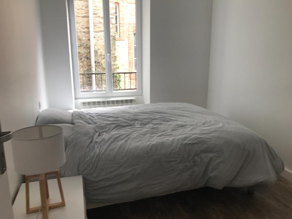 Appartement Laval hyper centre 3 pièce(s) 56 m2