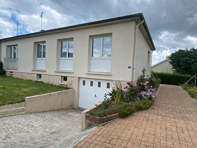 Maison 3 chambres Villaines-la-Juhel 93 m2