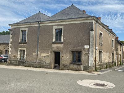 Maison 340 M2 - 7 pièces à rénover Saint Laurent des Mortiers