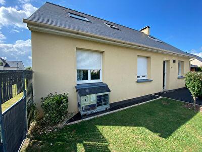 Maison Saint Jean sur Mayenne 7 pièce(s) 127 m2