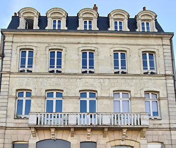 Appartement Laval  5 pièce(s) 131 m² en duplex - Vue Mayenne