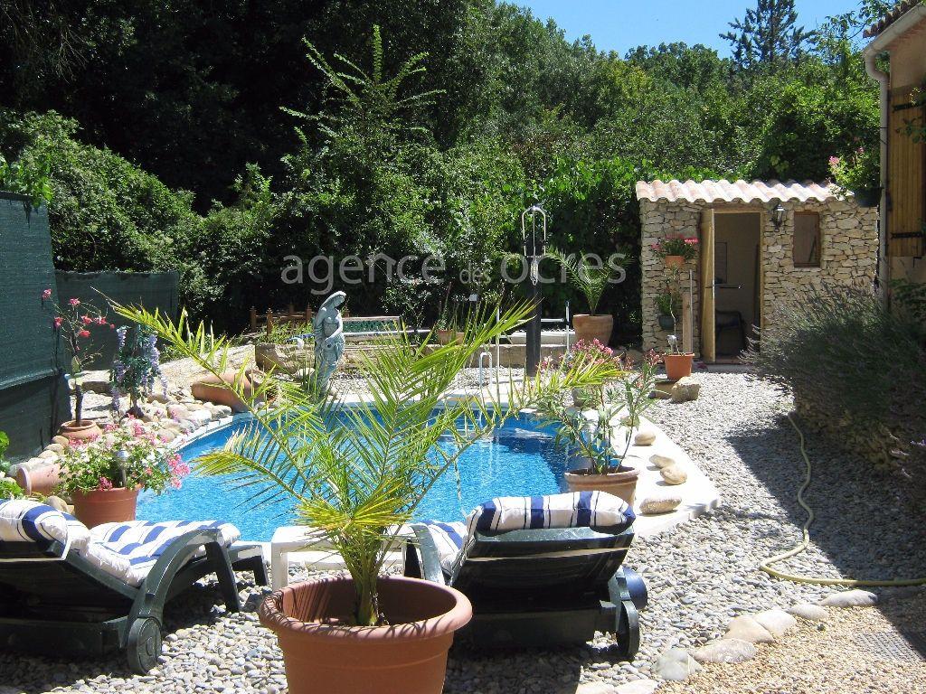 Villa Apt 4 pièce(s) 100 m²