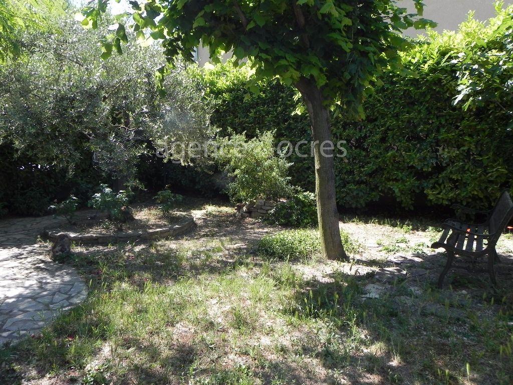 Villa Apt 5 room (s) 87 m²