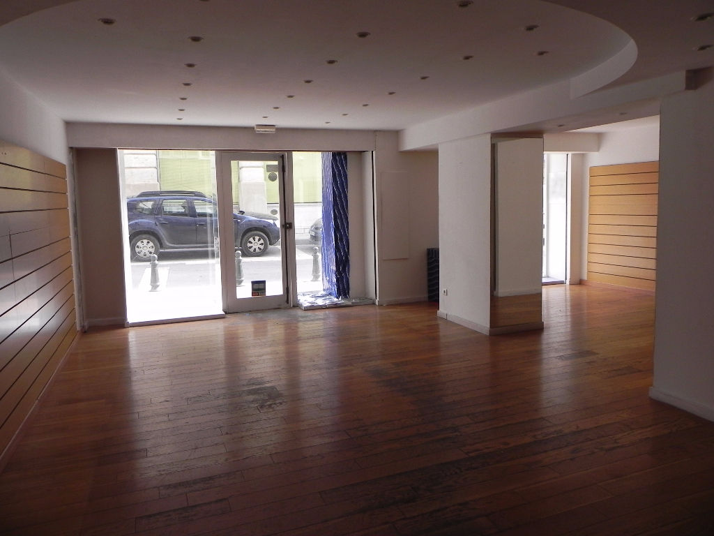 Local commercial Apt 57 m2