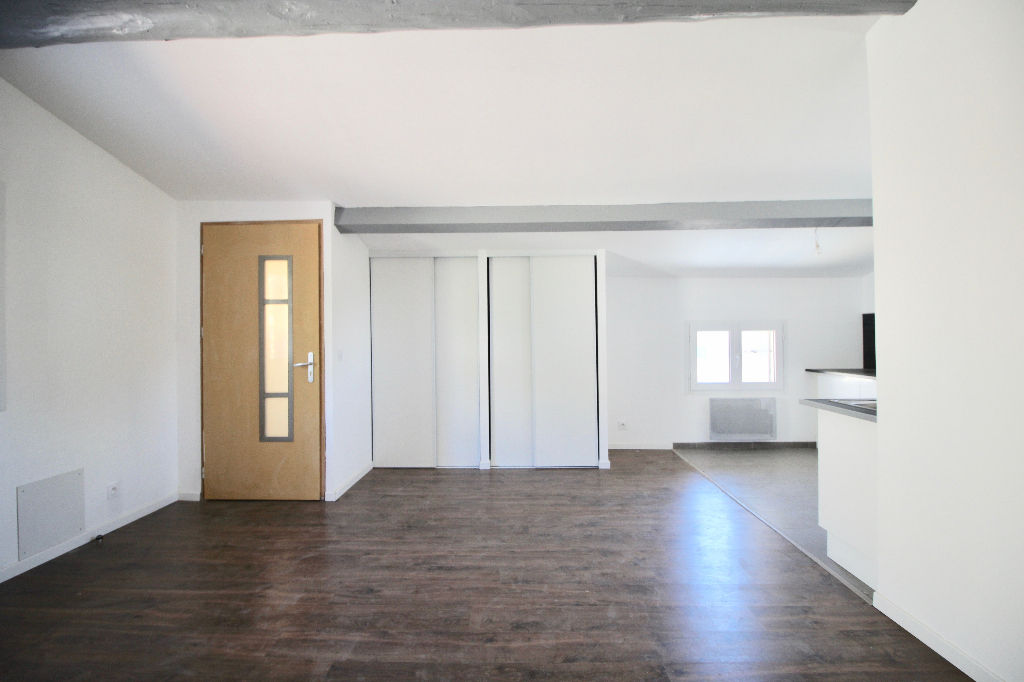 Appartement Apt 3 pièce(s) 52,49 m2 (carrez)