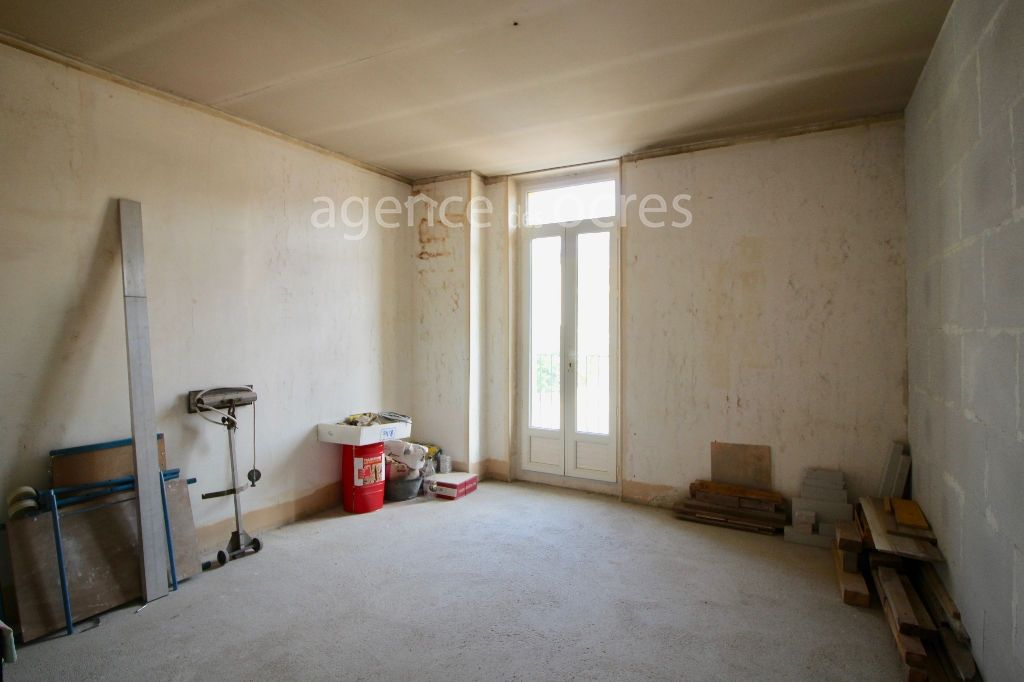Apartment Apt 6 room (s) 100 m2 well located