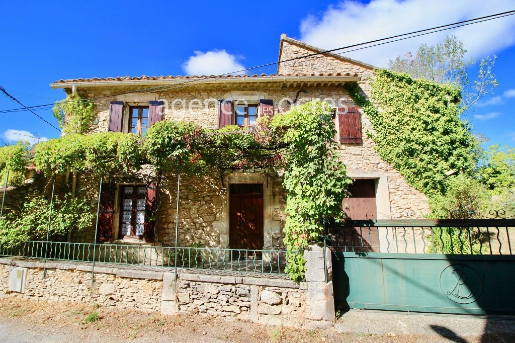 Village house Saint Saturnin Les Apt 5 room (s) 150m²