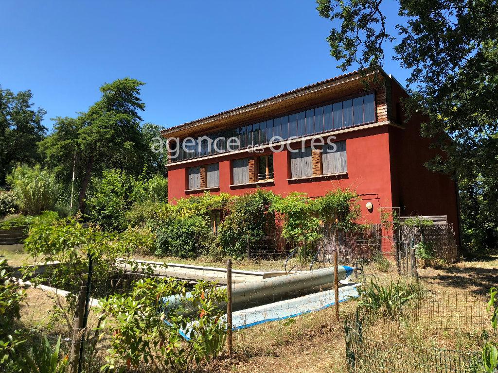 Roussillon Grande maison lumineuse de 2008 -deux gîtes - piscine chauffée