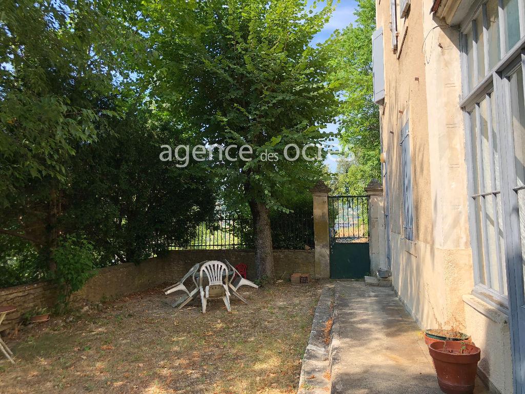 Provencal Bastide of 160m² - 6 bedrooms - 2400m² of land