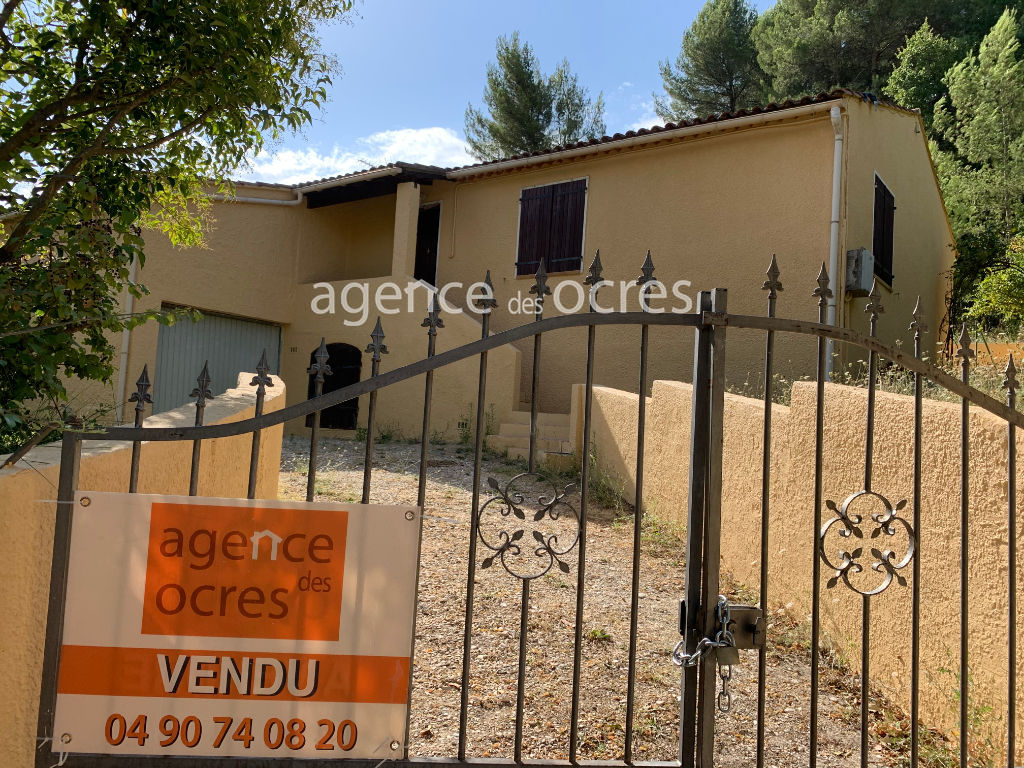 Villa with land 1028sqm. Large terrace.
