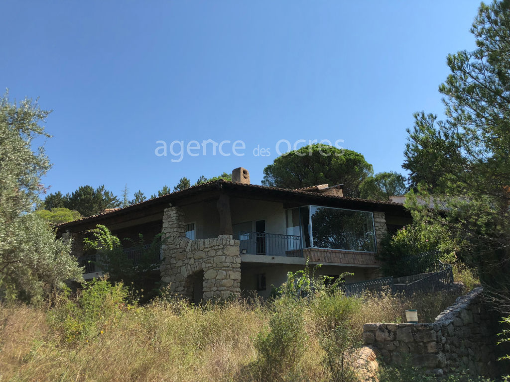 Architect's villa of 395 m2 with dominant view - land 8350m²
