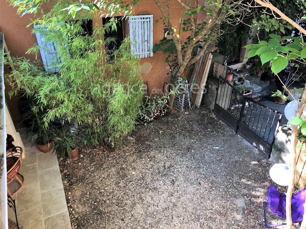 Hamlet house with garden - Villars