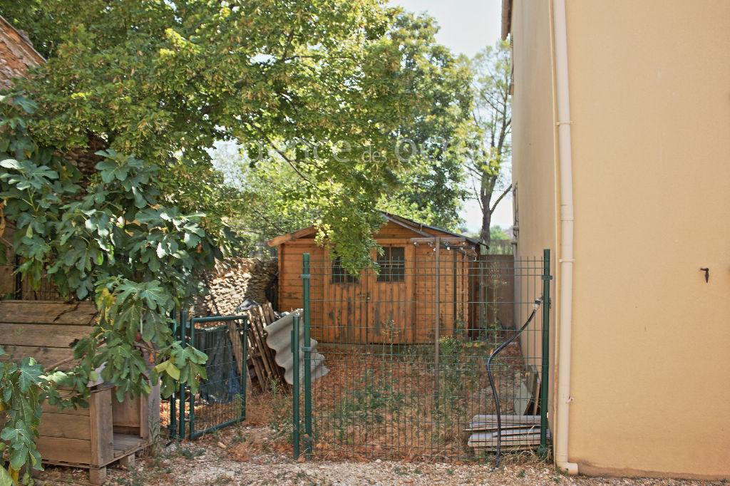 Maison de Hameau Récente avec vue sur Roussillon et ses Ocres